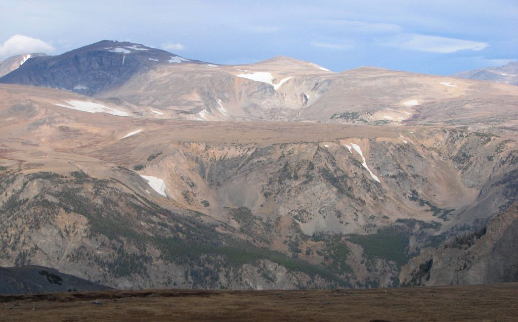 Panoramic view of terrain above the tree line on the Beartooth Plateau
